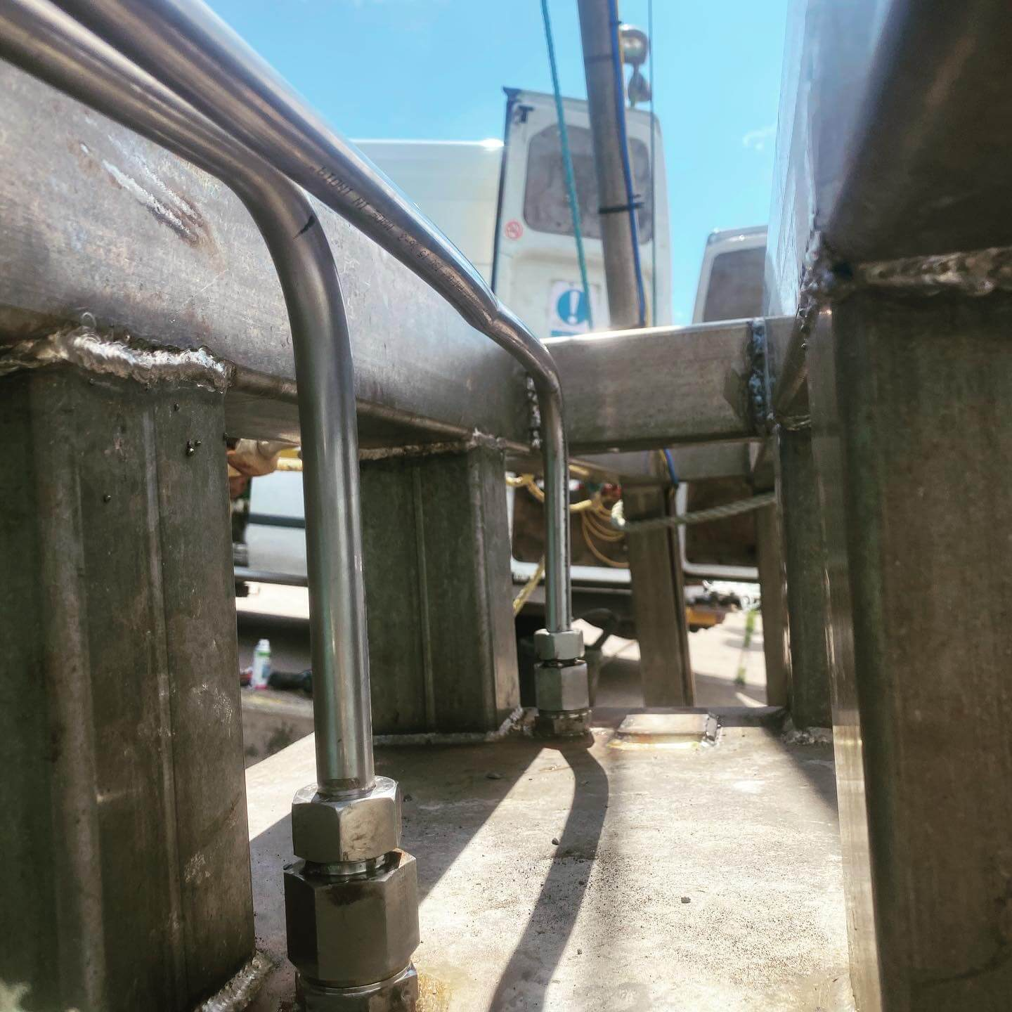 Call out hydraulic systems work