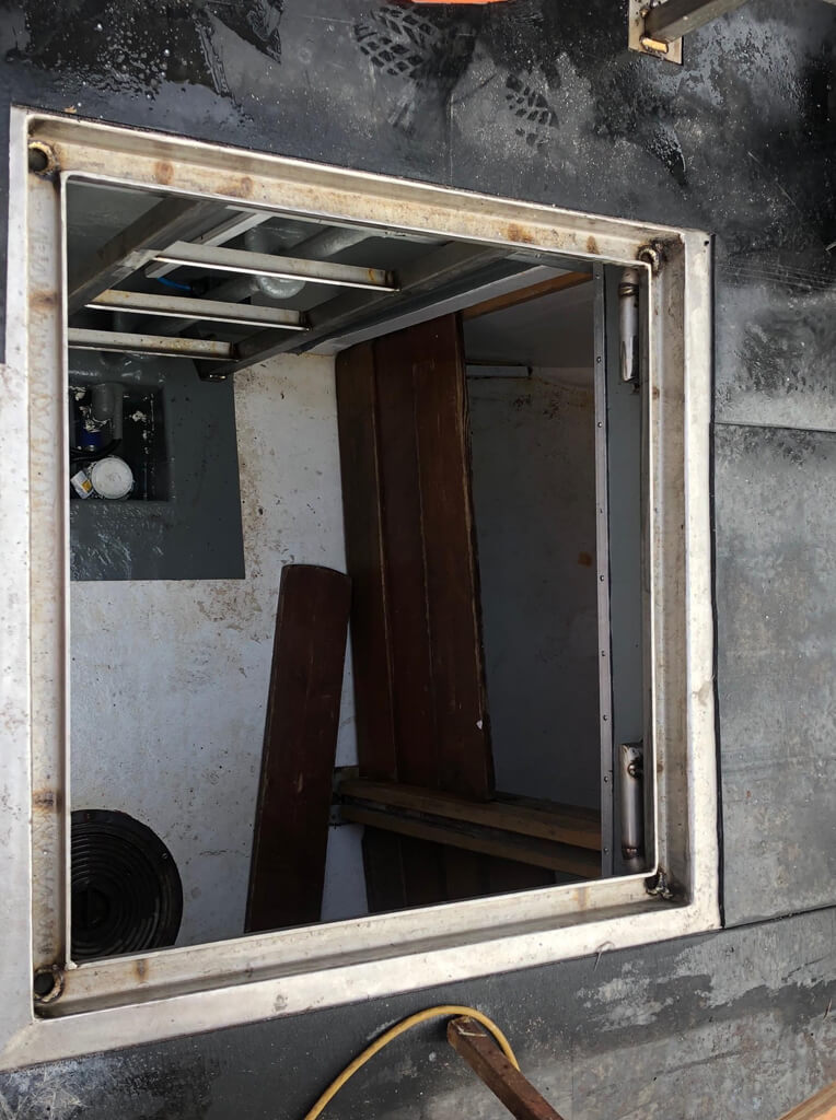 Seated Deck Hatch