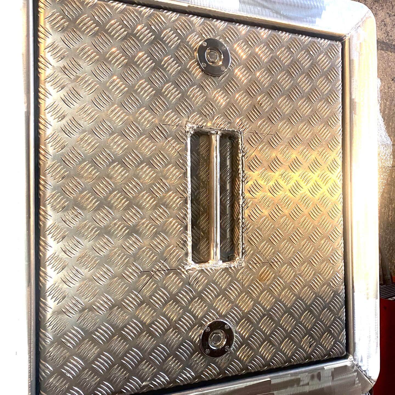 SM Engineering custom fabricated marine hatch